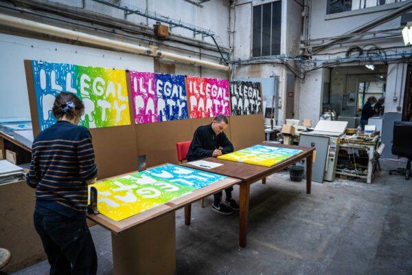 illegal-party-light-blue-green-yellow-stefan-marx-lithograph-artist-signature-process