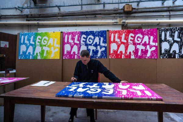 illegal-party-pink-blue-stefan-marx-lithograph-artist-signature