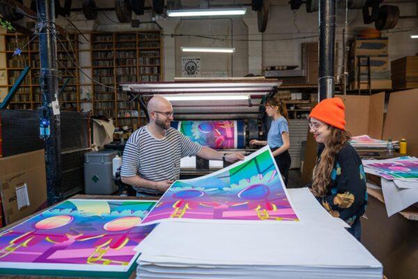dont-call-me-blue-daisy-amelie-bertrand-lithograph-printing-process-paris-detail